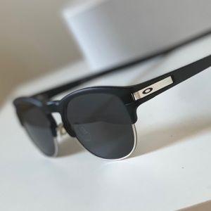 "Vintage Oakley ""Latch Key"" Sunglasses"